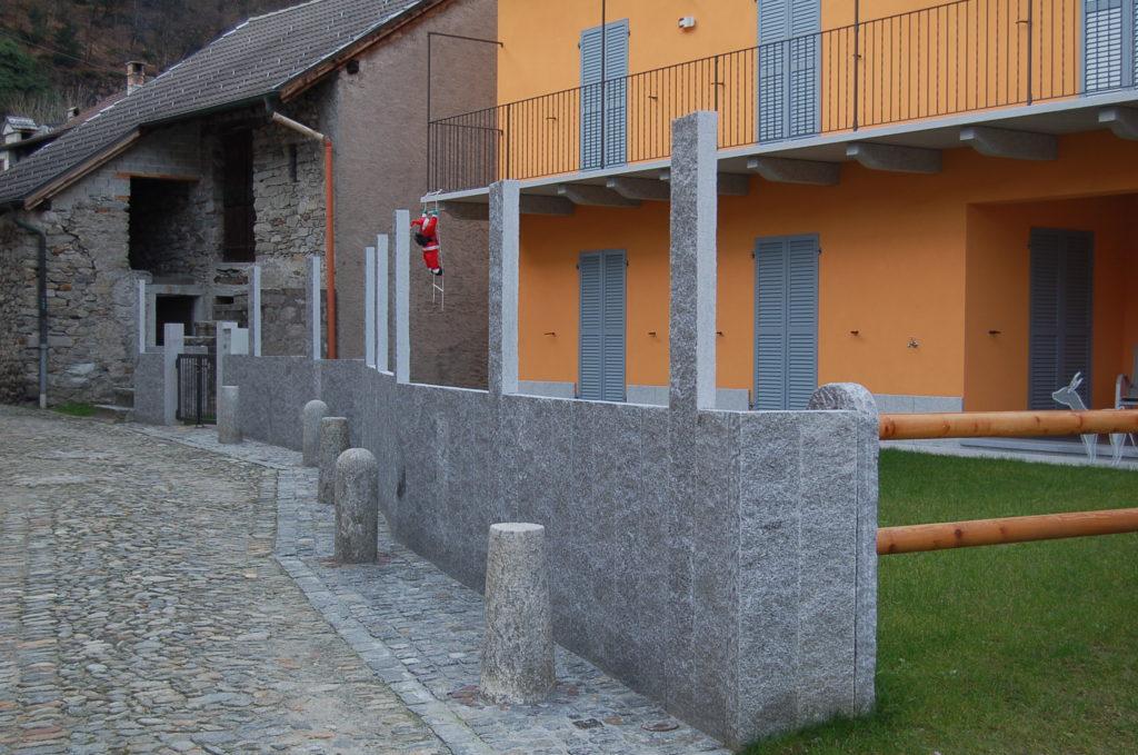 Granitpalisaden mit Blickfang